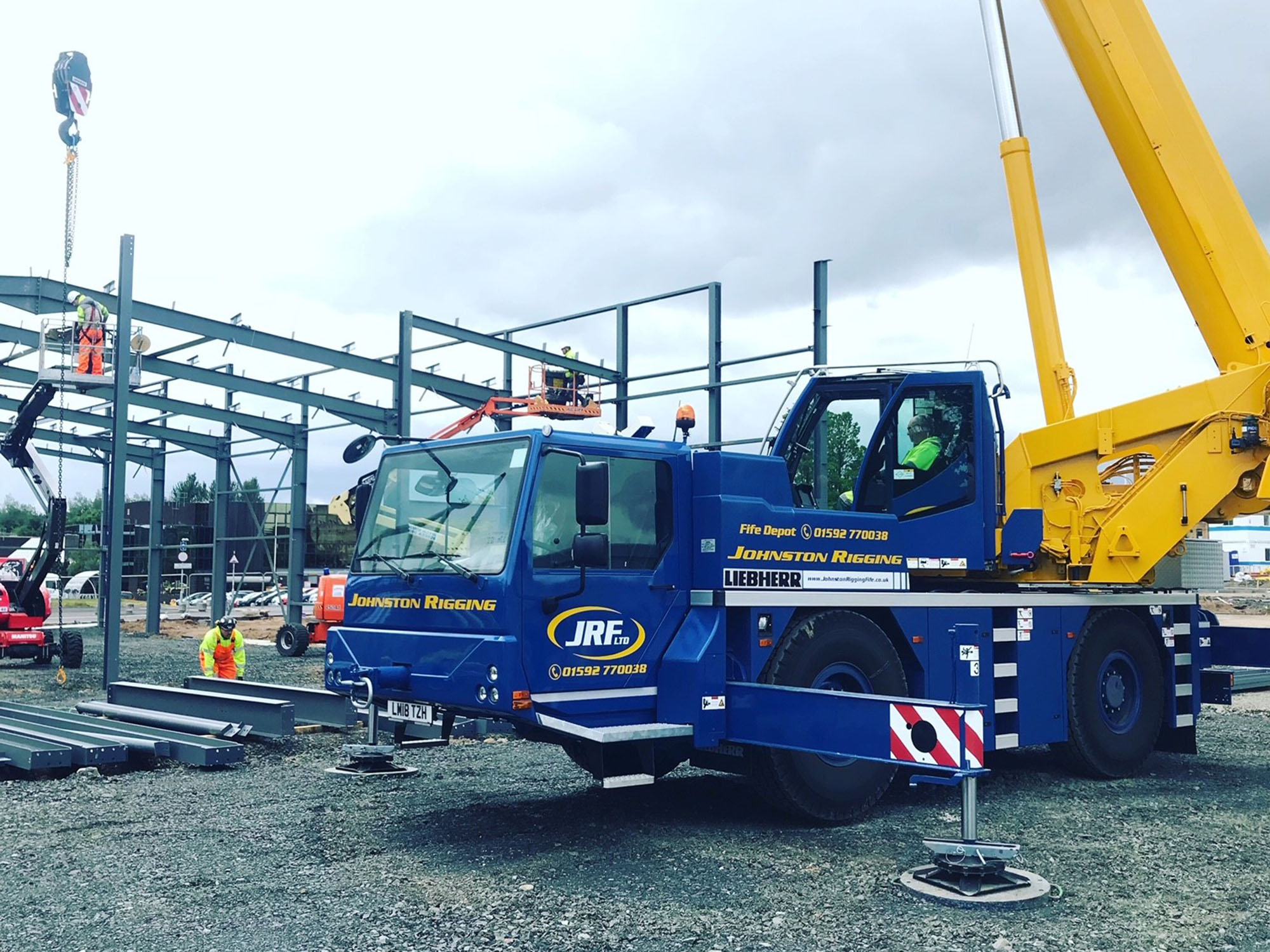 Mobile crane hire in glenrothes